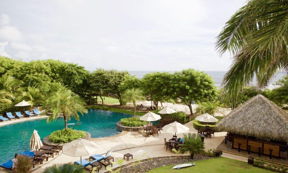 beachclub pool and tiki bar